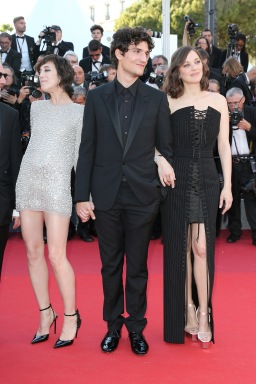 CHARLOTTE GAINSBOURG, LOUIS GARREL AND MARION COTILLARD